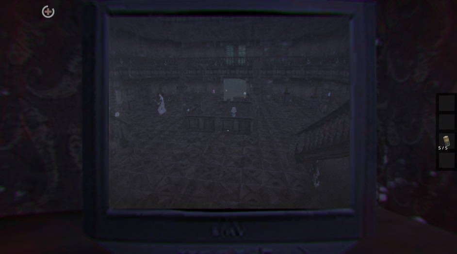 Особняк Гренни процесс наблюдения через монитор в игре